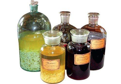 Настойки, которые необходимо иметь в домашней аптечке